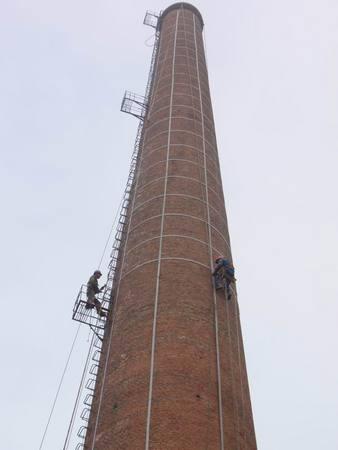 山东新昊化工有限公司砖烟囱维修加固工程